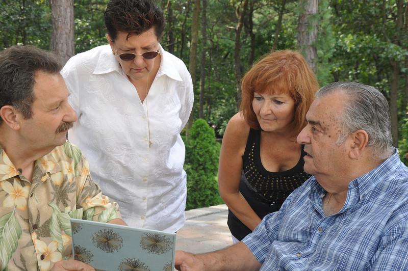 Papariello Family Gathering 028