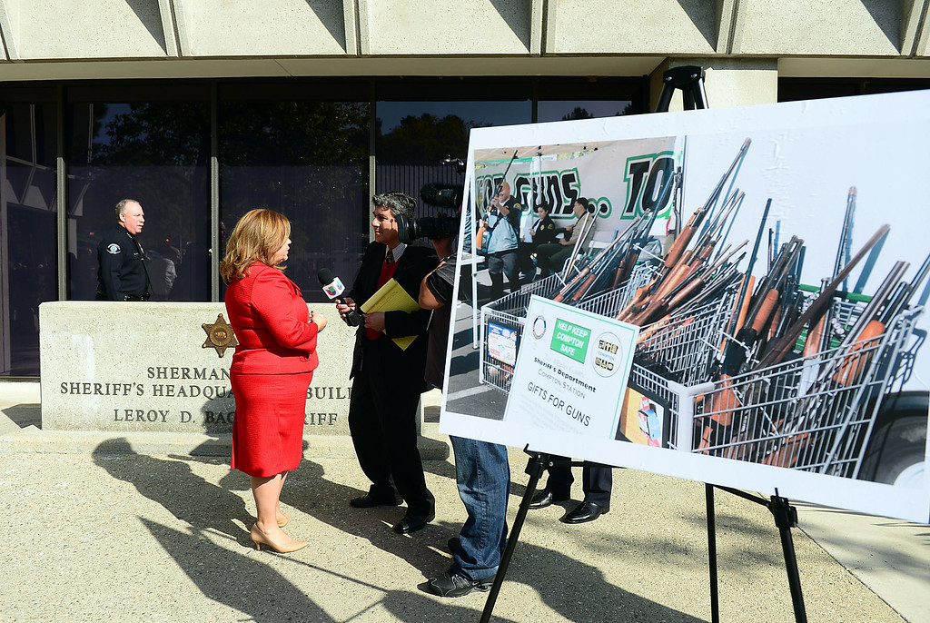 . Congresswoman Linda Sanchez speaks to the press at Los Angeles County Sheriff\'s Headquarters as she announces her introduction of legislation to assist law enforcement with gun buyback programs Thursday, February 21, 2013 . (SGVN/Staff Photo by Sarah Reingewirtz)