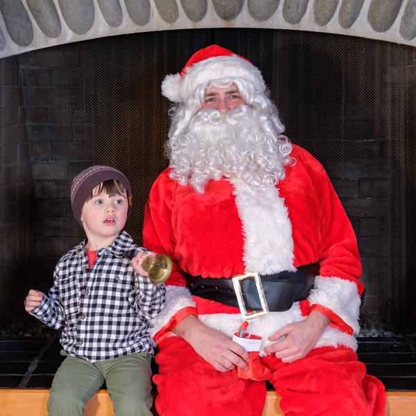 CB Santa 2019-7816.jpg