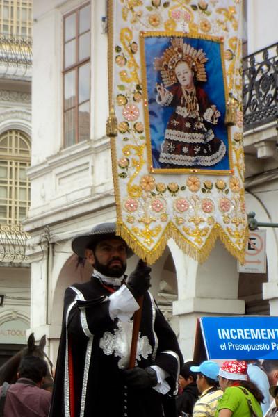 el-pase-del-nino-viajero-parade_5290640788_o.jpg