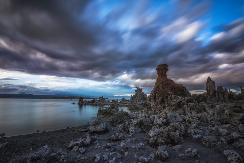 Mono Lake Long Expo.jpg
