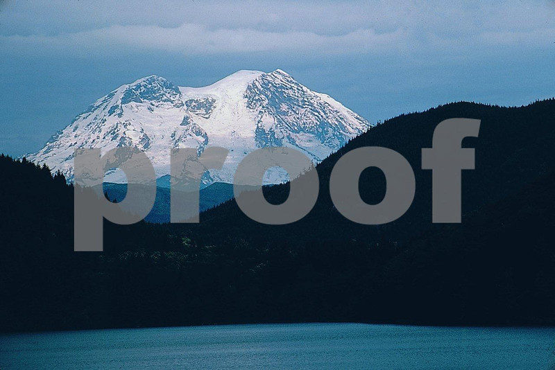 Mineral Lake 1082.jpg