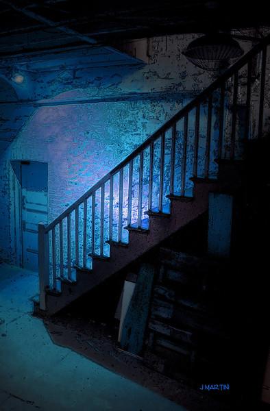 blue door 4-17-2007.jpg