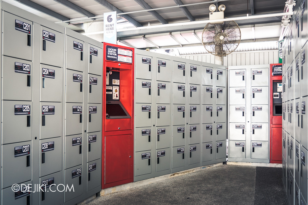 Universal Studios Singapore Park Update 2017 - Battlestar Galactica Grey Lockers