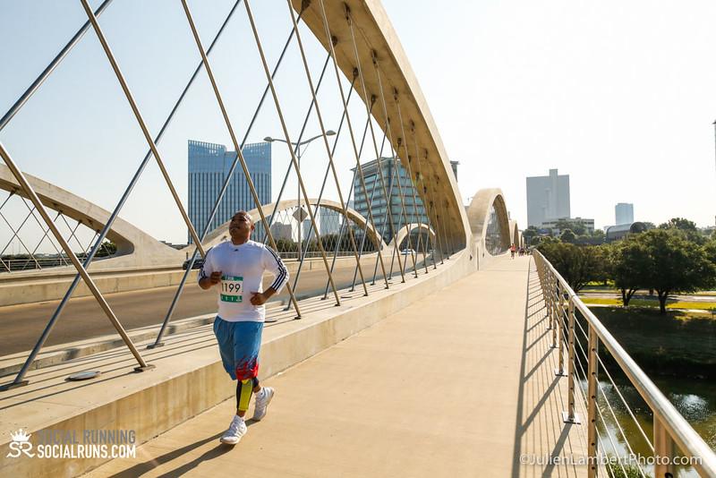 Fort Worth-Social Running_917-0343.jpg