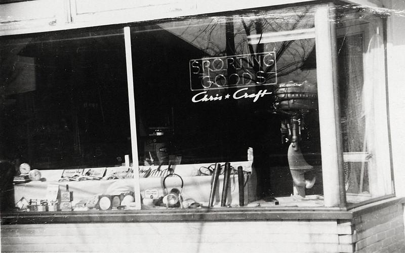 Uncle Bud's Store in Rockwood.JPG