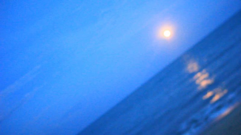 Moonrise at Full-Moon at Loi Kratong -16