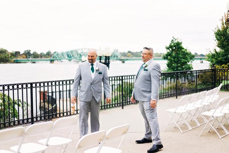 chateau-on-the-river-trenton-michigan-wedding-0070.jpg