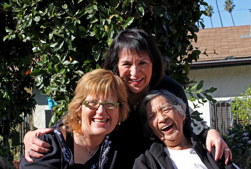 IMG_6686 Angie, Mima & Navora laughing 2.jpg