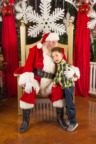 Santa 12-16-17-171.jpg