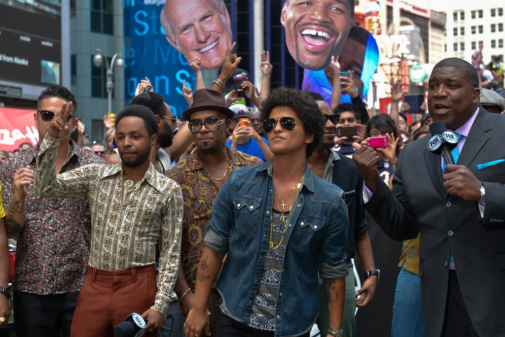 """. <p>10. (tie) BRUNO MARS <p>Can be counted on to add some needed testosterone to the Super Bowl halftime show. Or not. (previous ranking: unranked) <p><b><a href=\'http://www.twincities.com/entertainment/ci_24040674/bruno-mars-sing-at-super-bowl-half\' target=\""""_blank\""""> HUH?</a></b> <p>    (Russ DeSantis / AP Images for National Football League)"""