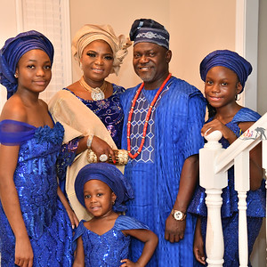 Simi Toyin Akinsinmide Family Pictures
