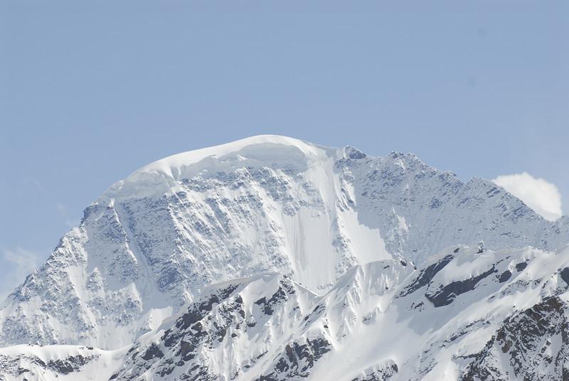 080502 2383 Russia - Mount Elbruce - Day 2 Trip to 15000 feet _E _I ~E ~L.JPG