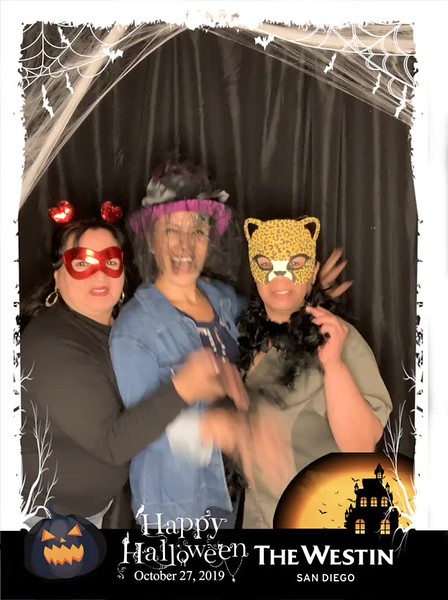 Westin_Halloween_Party_2019_boomerang_15.mp4