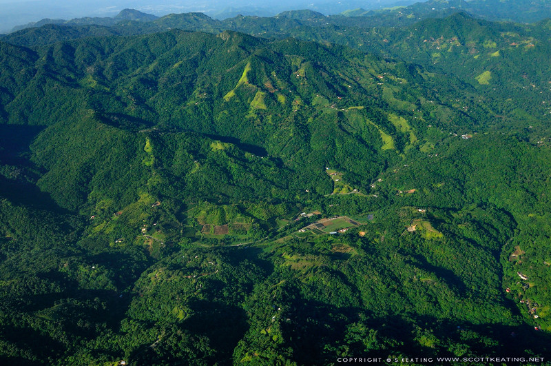 "Adjuntas, Pr <br /> Hacienda Bianci<br /> N18, 10' 25.7712"" W66, 48' 1.10963"""