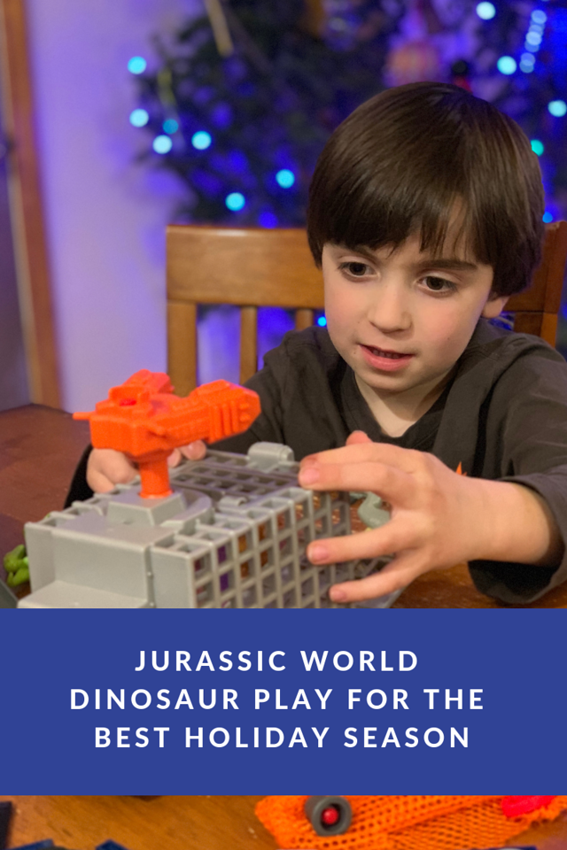 Jurassic World toys make the BEST gifts & the best use of time during holiday break. Get them ALL at Walmart #ad #JWUnleashed #BattleDamage #AmericasBestToyShop