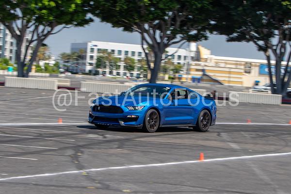 Custom Gallery - 2017 Lightning Blue Ford Shelby GT 350