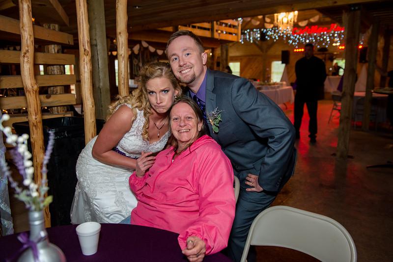 2017-05-19 - Weddings - Sara and Cale 2904.jpg