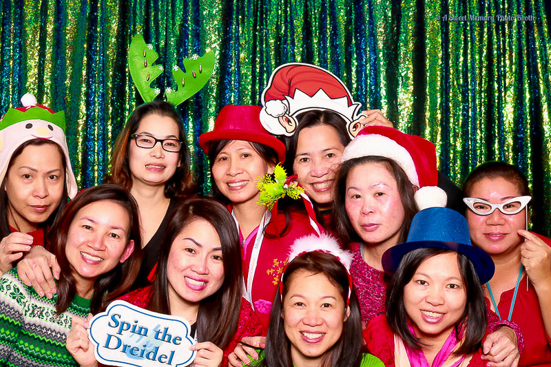 Medtronic Holiday Party -42.jpg