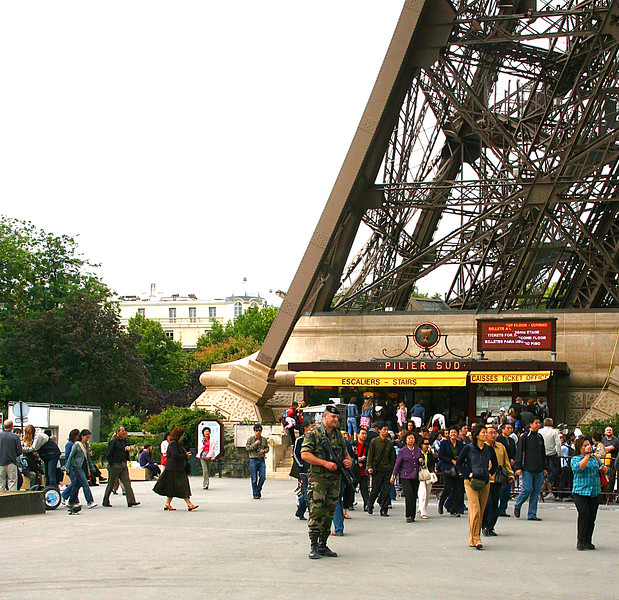 Spot the military at the Eiffel Tower