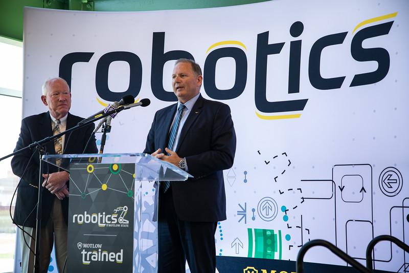 Robotics Grand Opening-8899.jpg