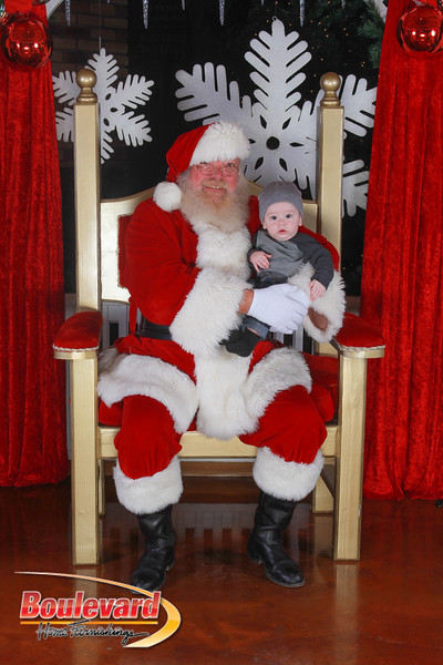 Santa 12-17-16-408.jpg