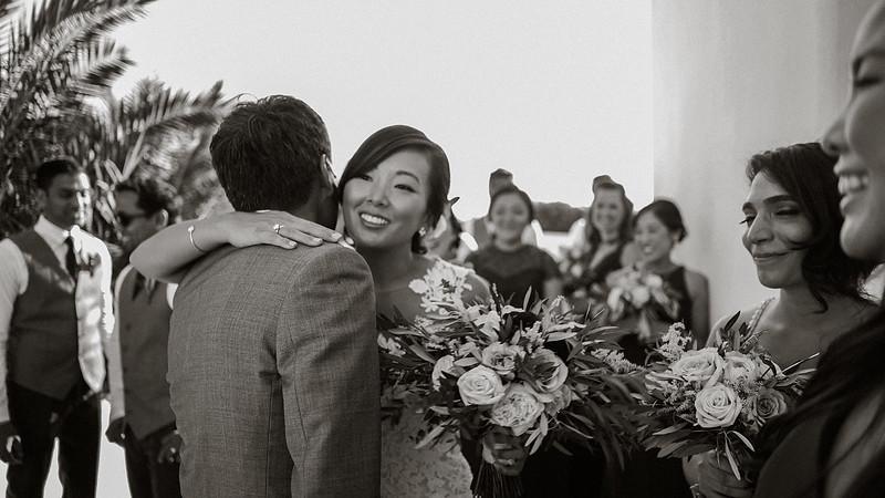 Tu-Nguyen-Destination-Wedding-Photographer-Santorini-Rocabella-Hotel-Euna-Ehsan-286-2.jpg