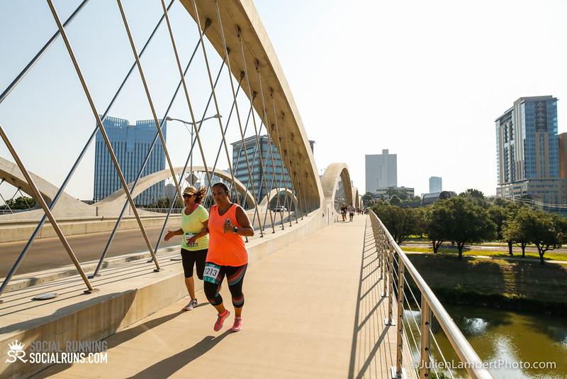 Fort Worth-Social Running_917-0453.jpg