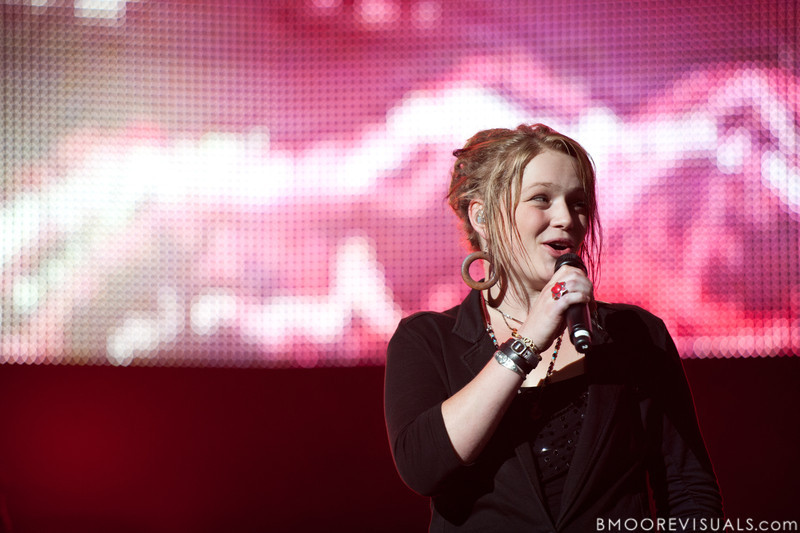 Crystal Bowersox performs during the American Idol Live! Tour at St. Pete Times Forum in Tampa, Florida on August 4, 2010.