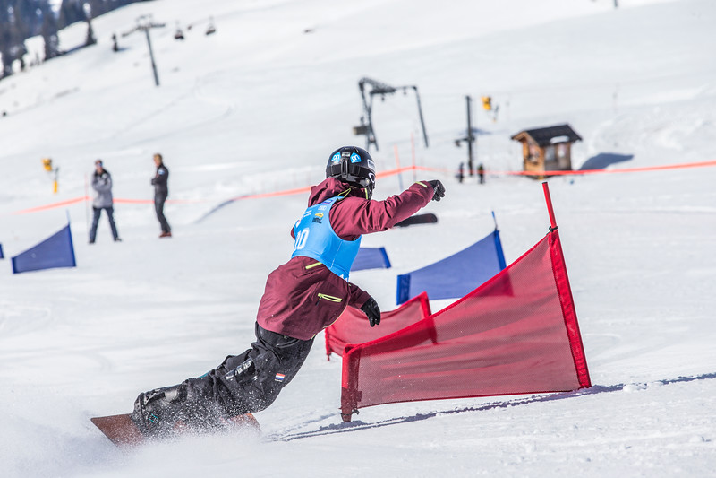Chris Vos4-NK snowboard en freeski 2017.jpg