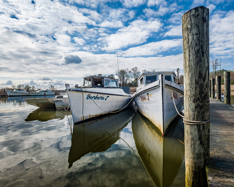 Derelict Dearrise Work Boats
