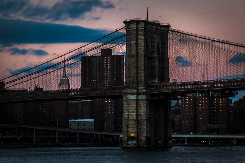 Brooklyn bridge at dusk.jpg