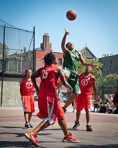 26 - Dreamteam (Green) 65 v Big East Ballers (Red) 64