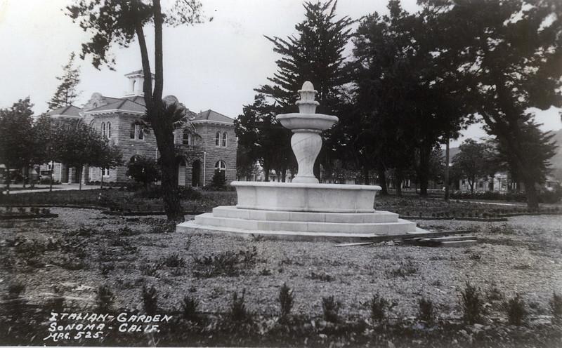 Italian Garden- Sonoma Plaza