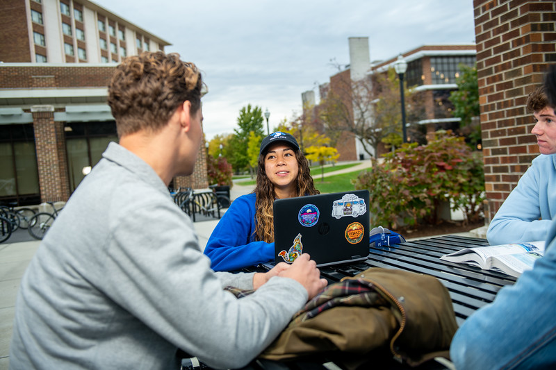 10_25_19_campus_fall (101 of 527).jpg