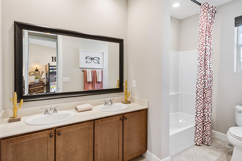 Toll Brothers Reno Catalina at Stonebrook Campo-online-13.jpg