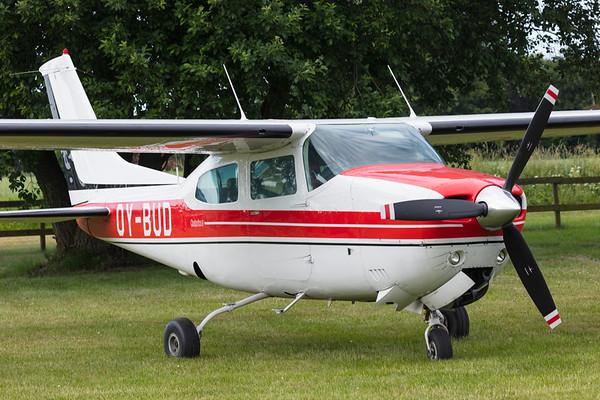 OY-BUD - Cessna 210L Centurion II