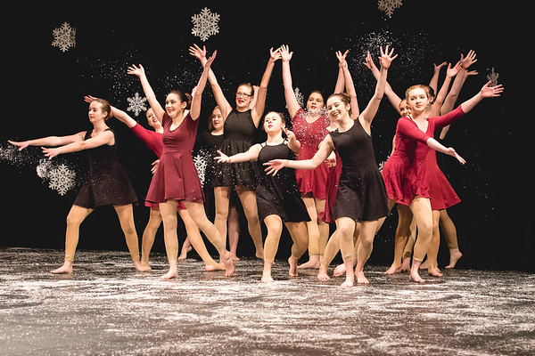 Center Stage Holiday Show | 2017