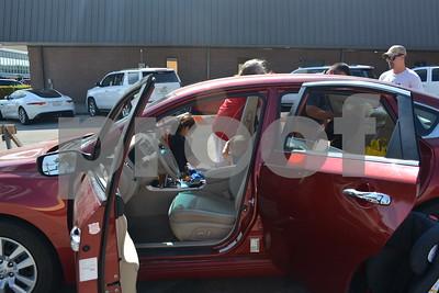 9/20/17 Child Safety Seat Check-Up by Tara Lupi