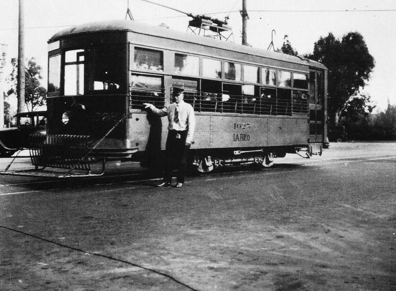 1929-OnTheRailsOfLosAngeles041.jpg