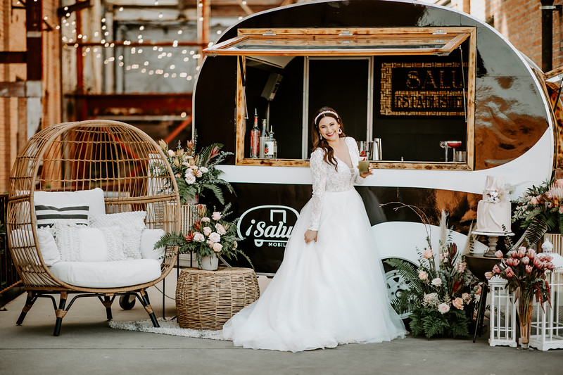 Real Wedding Cover Shoot 02-131.jpg