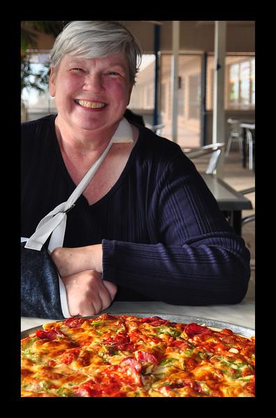 Australian Pizza - 2011.JPG