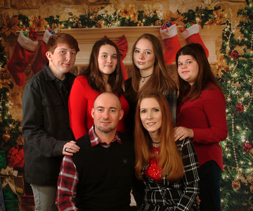 Carrier Family Portraits 12/19/20