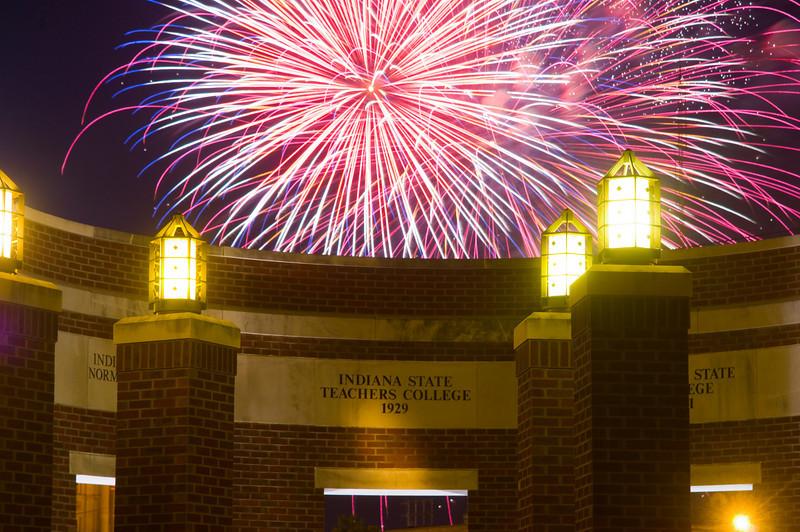 Terre_haute_fireworks_0127.jpg