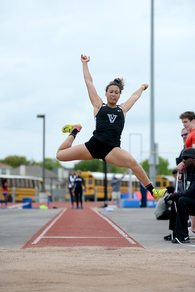 HS-Track-13-6A-District-Championships_008.jpg
