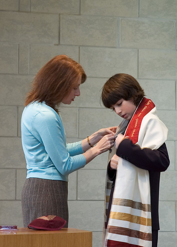 Jacob and his mother Karen   (Dec 03, 2005, 10:49am)