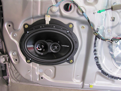 2005 Toyota Camry LE Front Door Speaker Installation - USA