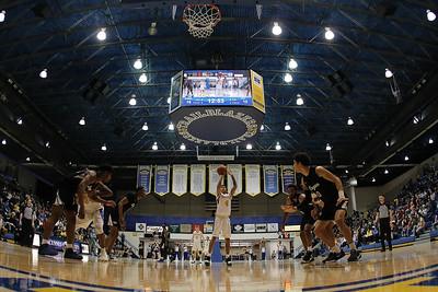 VU basketball vs. John A. Logan
