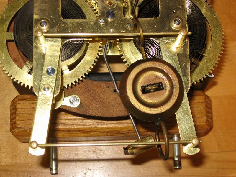 Pendulum holding rails