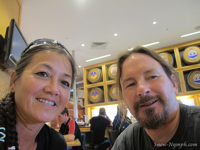 2011 (Mar 9-11)  Hanging in Cairns, can't fly for a day after diving, fly to Melbourne